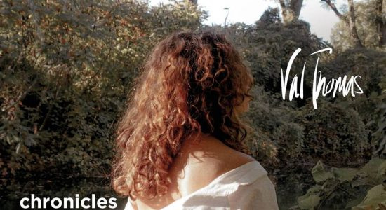 Val Thomas | Lancement du EP Chronicles From the Cave