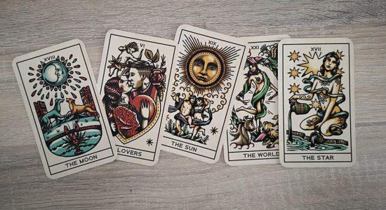 Tarot/Runes au Saint-Suave