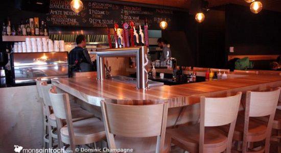 Laurentien : une buvette dans Saint-Roch - Dominic Champagne