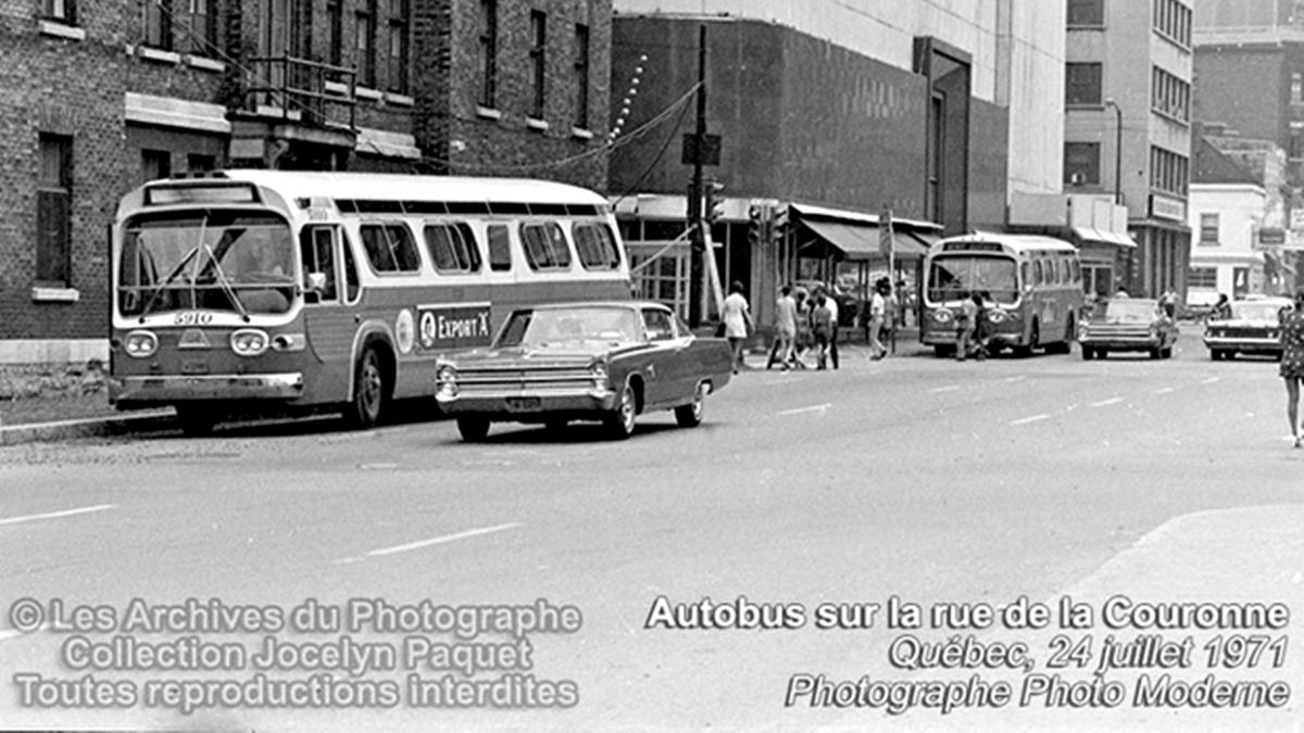 Saint-Roch dans les années 1970 (7) : autobus à Québec | 11 juin 2017 | Article par Jean Cazes
