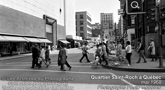 Saint-Roch dans les années 1960 (11) : piétons au coin de la Couronne et Saint-Joseph - Jean Cazes
