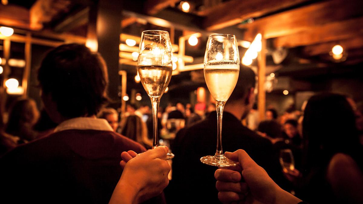 Bulles à moitié prix | Champagnerie Québec (La) – FERMÉ