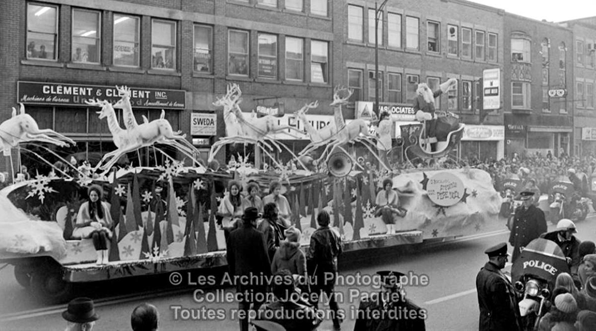 Saint-Roch dans les années 1970 (14) : Parade du Père Noël sur Charest | 24 décembre 2017 | Article par Jean Cazes