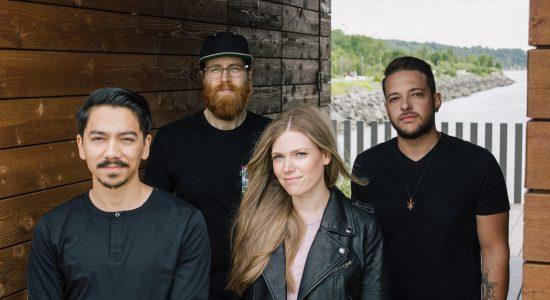 Un premier album à échelle humaine pour le groupe Émeraude - Stéphanie Vincent