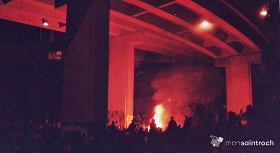 Sous les bretelles de Dufferin en soirée. 21 avril 2001.