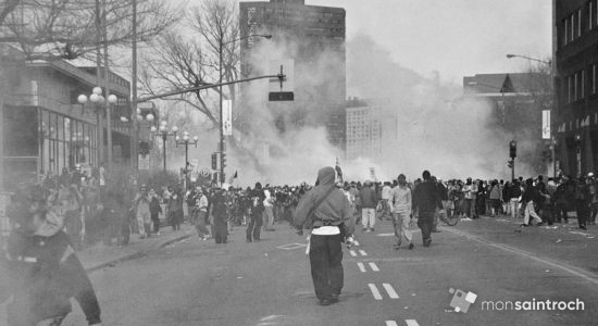 Manifestation sur René-Lévesque. 21 avril 2001.