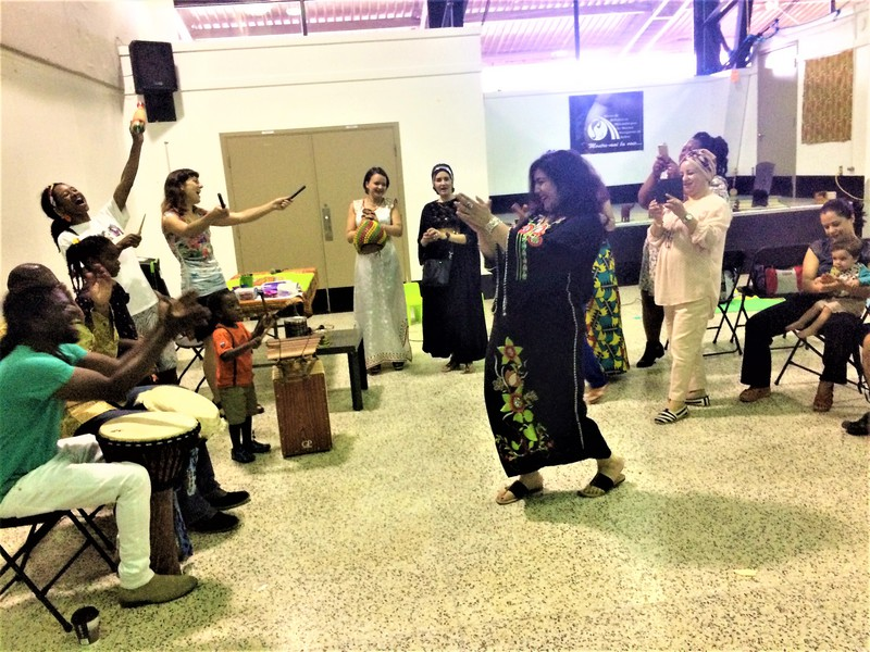 Djembés et danse algérienne réunis lors de la JIFA