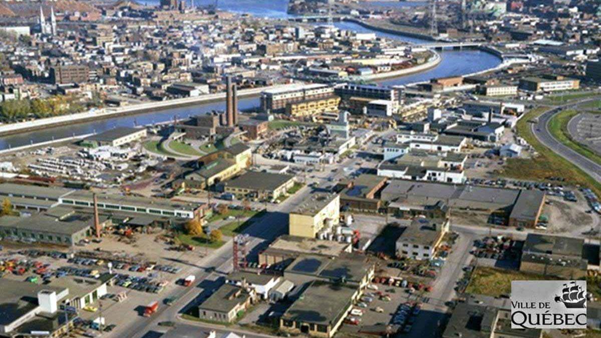 Saint-Roch dans les années 1970 (20) : vue aérienne sur la Pointe-aux-Lièvres | 26 août 2018 | Article par Jean Cazes