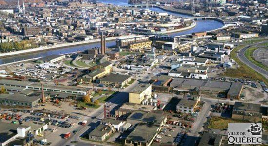 Saint-Roch dans les années 1970 (20) : vue aérienne sur la Pointe-aux-Lièvres - Jean Cazes