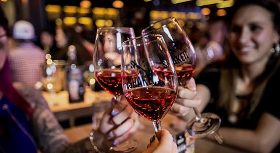 Les mercredis et dimanches vins au cost | SHAKER St-Joseph – Cuisine & Mixologie