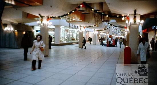 Saint-Roch dans les années 1970 (22) : le mail Saint-Roch au coin de la Chapelle - Jean Cazes