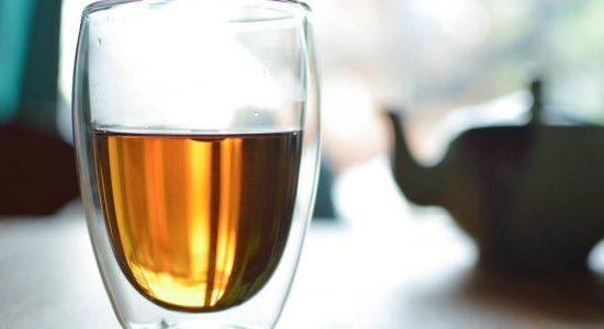 L'heure du thé – En direct