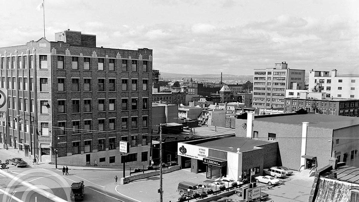 Saint-Roch dans les années 1960 (29) : l'édifice Le Soleil et le garage Lebeau | 16 juin 2019 | Article par Jean Cazes