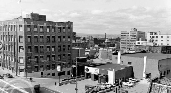 Saint-Roch dans les années 1960 (29) : l'édifice Le Soleil et le garage Lebeau - Jean Cazes