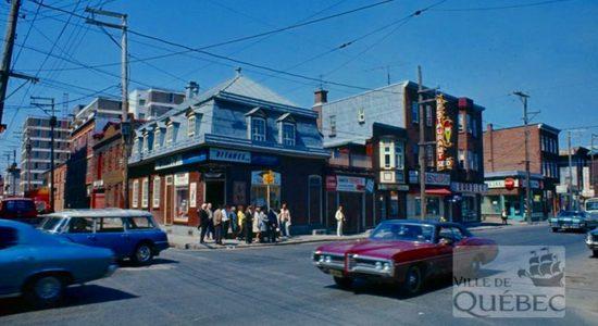 Saint-Roch dans les années 1970 (28) : intersection des rues Dorchester et Saint-François - Jean Cazes