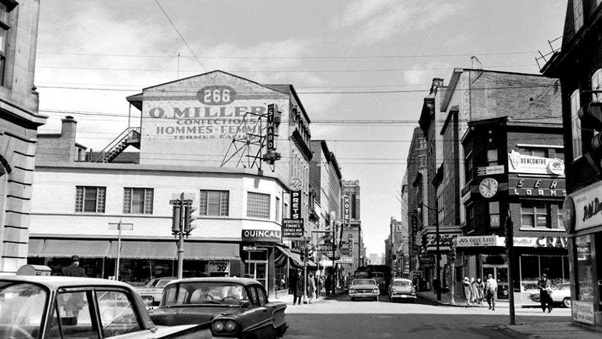 Saint-Roch dans les années 1960 (33) : intersection des rues Dorchester et Saint-Joseph Est | 22 septembre 2019 | Article par Jean Cazes