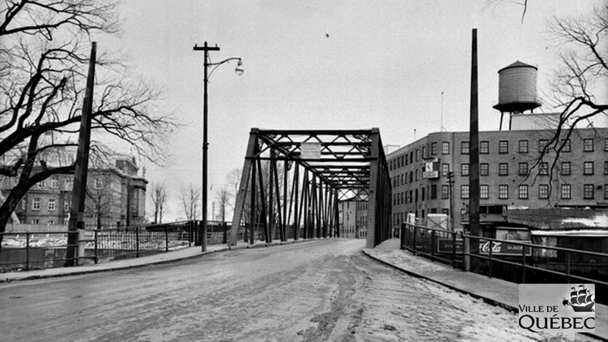 Saint-Roch dans les années 1950 (23) : le pont Victoria | 19 janvier 2020 | Article par Jean Cazes