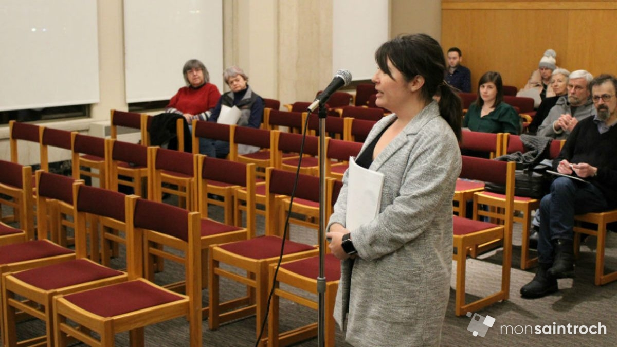 Des encombrants qui gênent dans Saint-Roch | 29 janvier 2020 | Article par Véronique Demers
